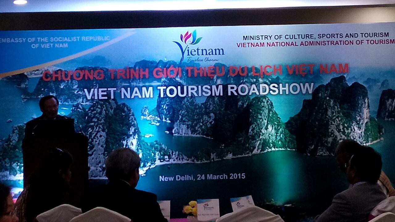Vietnam Tourism Conducts Road Show at New Delhi